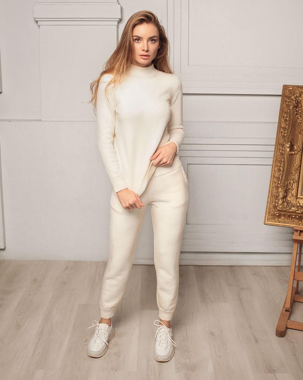 Зимний костюм из шерсти мериноса Белого цвета