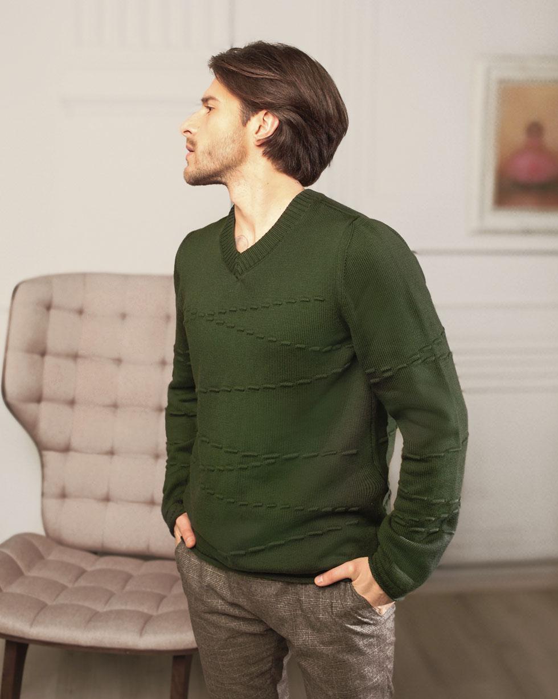 Демисезонный свитер из мериносовой шерсти Темно - Зеленого цвета с декором