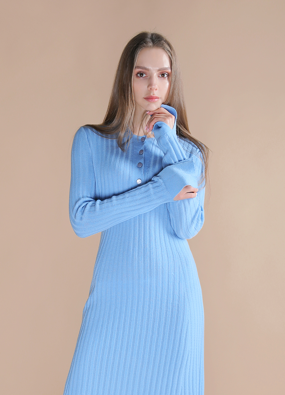 Демисезонное платье поло из шерсти мериноса Голубого цвета
