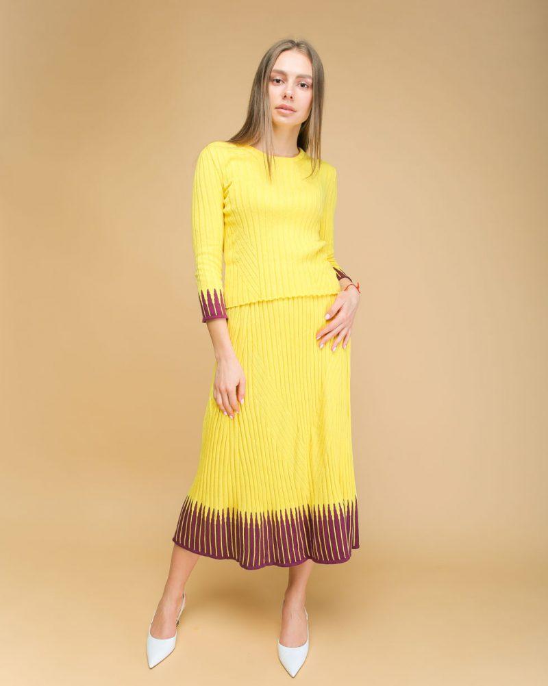 Летний комплект Желтый юбка и футболка с вставками Фиолетового цвета