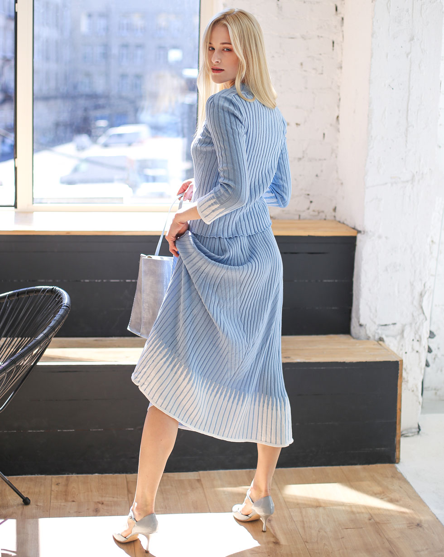 Летний комплект Голубой юбка и футболка с вставками Белого цвета