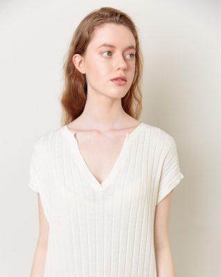 Летнее платье - накидка с V образным вырезом Белого цвета от LikeOn