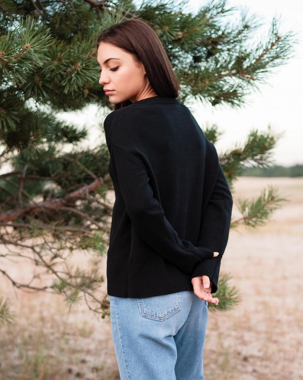 Кашемировый свитер оверсайз черного цвета с круглой горловиной
