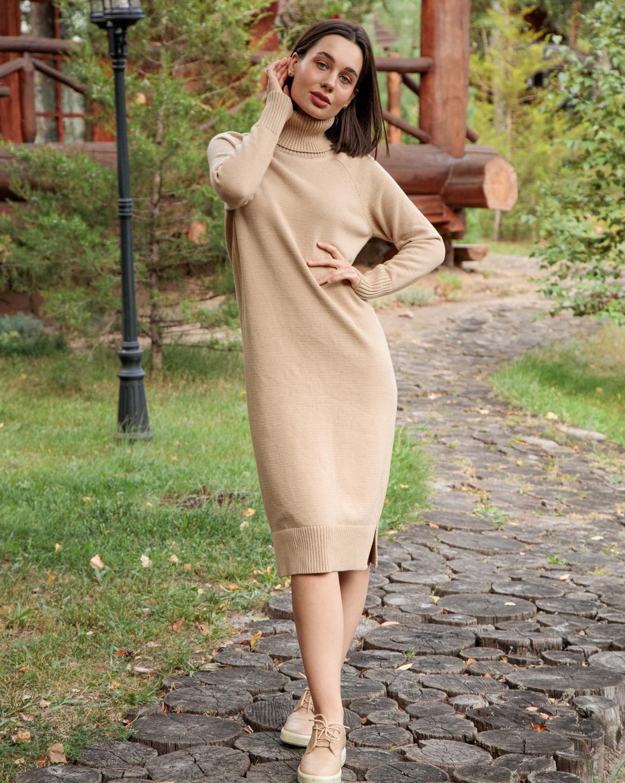 Кашемировое платье Бежевого цвета с двойным отворотом