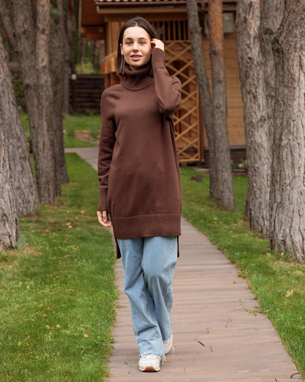 Кашемировый удлиненный свитер оверсайз Шоколадного цвета с двойным отворотом