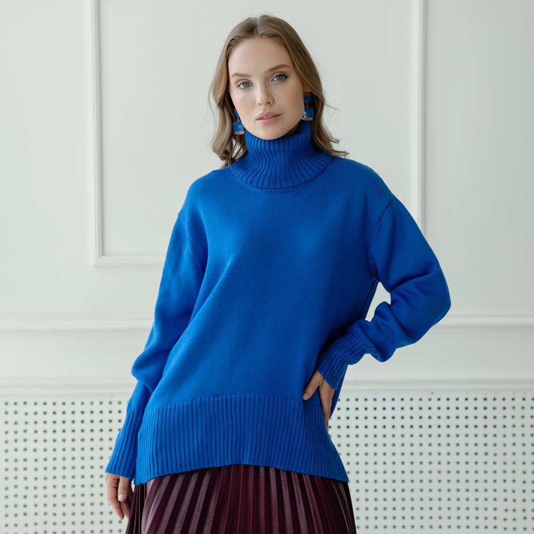 Скругленный свитер свободной посадки Oversize из мериноса в цвете Королевский Синий от LikeOn